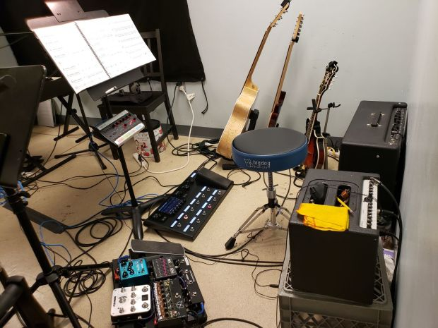 Head Over Heels - Guitar 1 setup - ArtsWest 2019